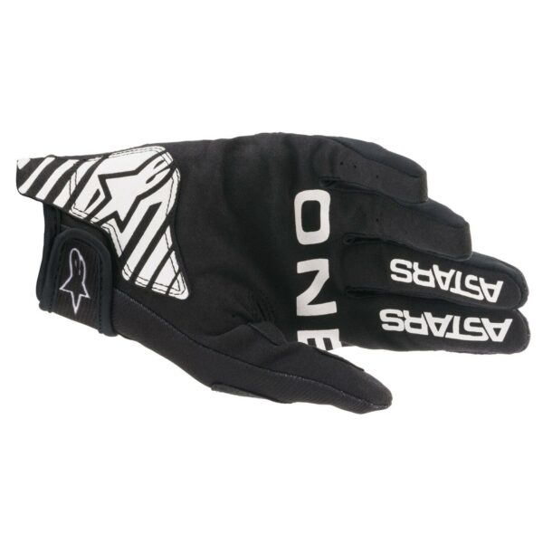 3561821 12 ba radar glove