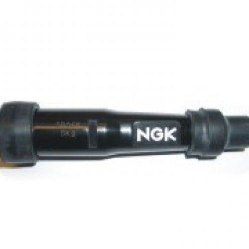 NGK TULPANHATTU SB05F 14mm-suora-pieni nippa