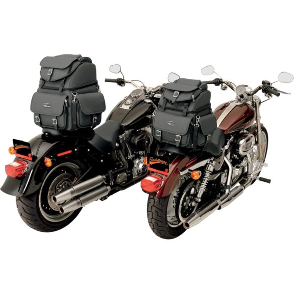 Saddlemen BR3400EX TAKALAUKKU 55,7ltr, musta